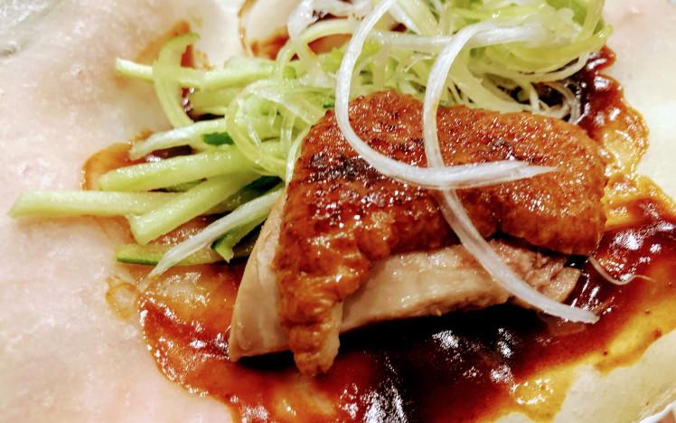 バーミヤンの北京ダックの食べ方